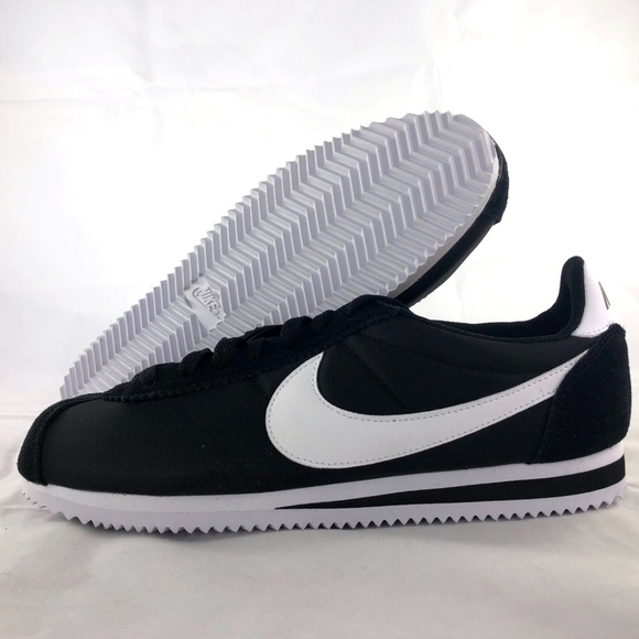 087dee5b6aa0 Nike Classic Cortez Nylon Black White Men s 8-12